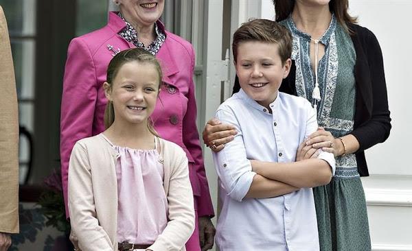 Crown-Princess-Mary-Danish-Royals-Holiday-11