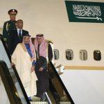サウジアラビアの国王来日・エスカレーター型タラップが凄い