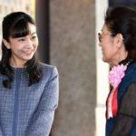佳子さま東京国際キルトフェスティバルの開会式出席後に作品を鑑賞